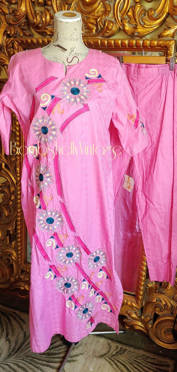 Vintage Indian Pink Cotton Embroidered Salwar Kame