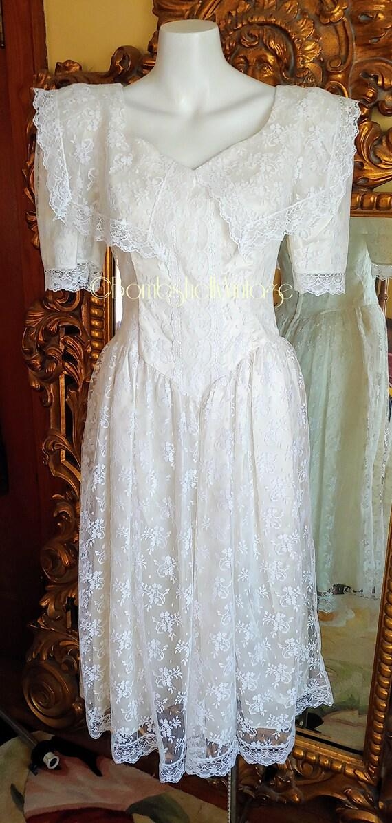 Vintage 80's Gunne Sax White Lace Dress