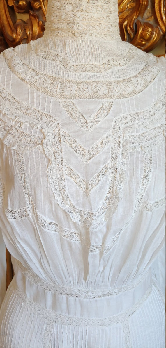 Antique 1890's White Cotton Victorian Wedding Dre… - image 5