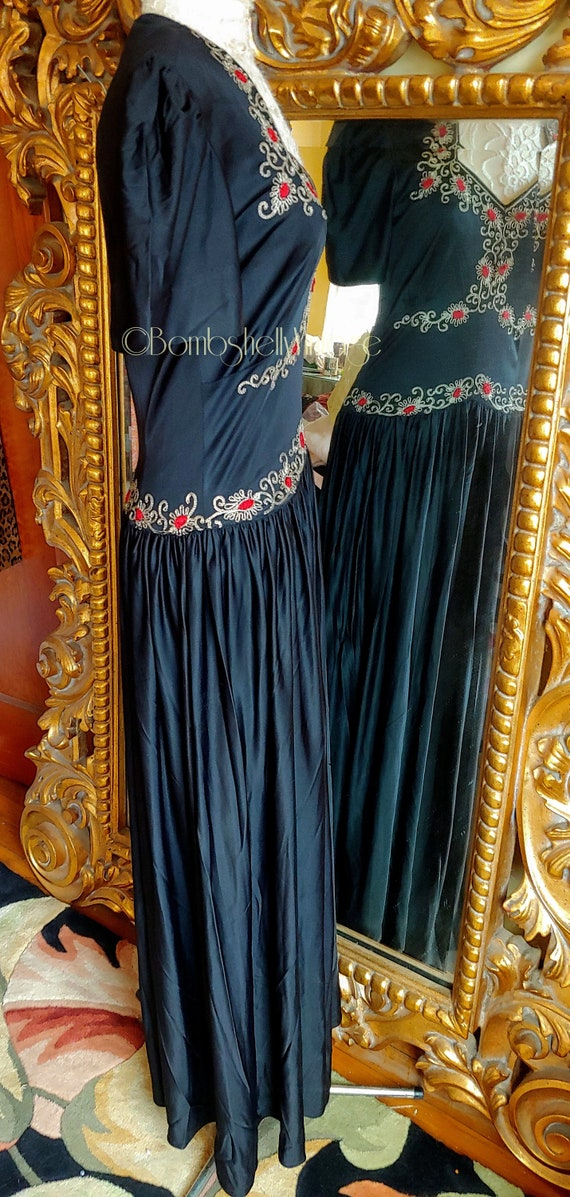Vintage Early 40's Black Embroidered Evening Gown - image 4