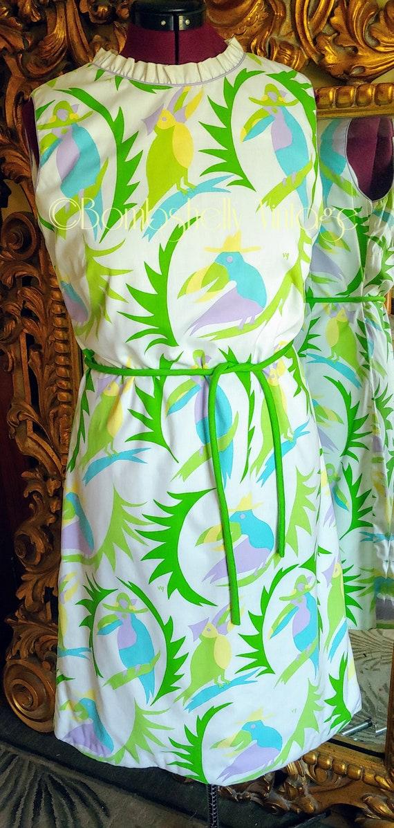 Vintage 60's Vested Gentress Tropical Parrot Print