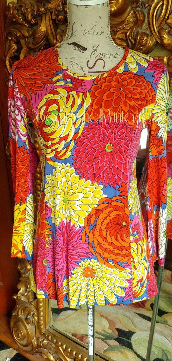 Vintage 60's Mod Bold Chrysanthemum Tunic Top