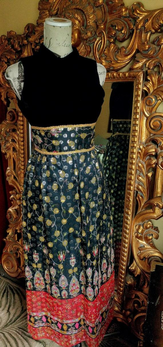 Gorgeous Vintage 1960's Velvet and Lamé Bohemian G