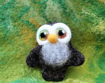 Little Cute Owl Felted Brooch