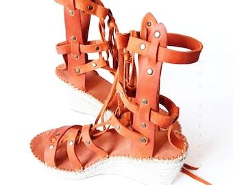 OUTLET 30% size 39 eu of Roman espadrille sandal. Sandal espadrille of high wedge Roman style. High gladiator esparto wedges