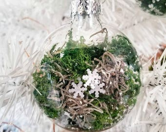 Moss Garden Ornament-  winter wedding, preserved moss terrarium ornaments, christmas snowflake ornaments, winter decor, winter garden OR-100