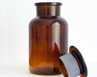 1 Liter (33.8 fl oz) Amber Apothecary Jar, Round Czech Glass