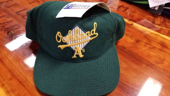 95532834e8e Vintage sports specialties oakland A s hat fitted 7