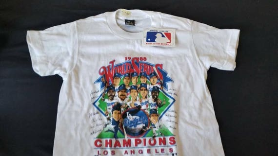 LAST ONE YOUTH size large dead stock world series shirt 1988  f784faa2b92