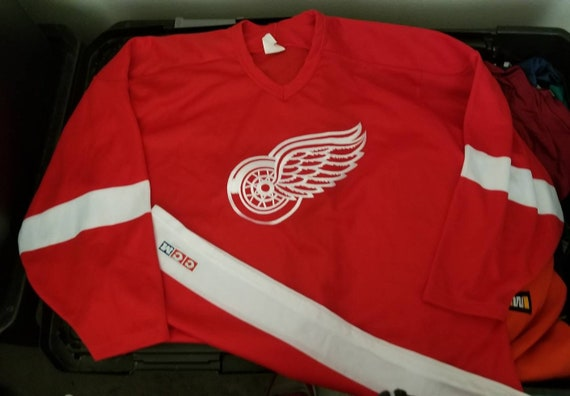 90s Large Detriot redwings jersey ccm Jersey red w