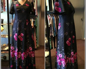 305a1d573cf 70s Maxi Dress Black with Pink Flowers 70s Clothing