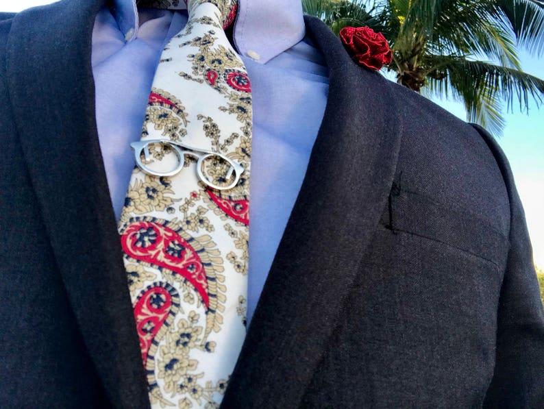 cb022e8d8d38 White Floral Skinny Tie Boyfriend Gift Men's Gift   Etsy
