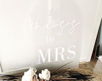 Arch Welcome Sign 60 x 90cm | Arched sign | Wedding Sign | Welcome Sign | Name Sign | Weddings | Wedding Decor | Engagement | Baby Shower