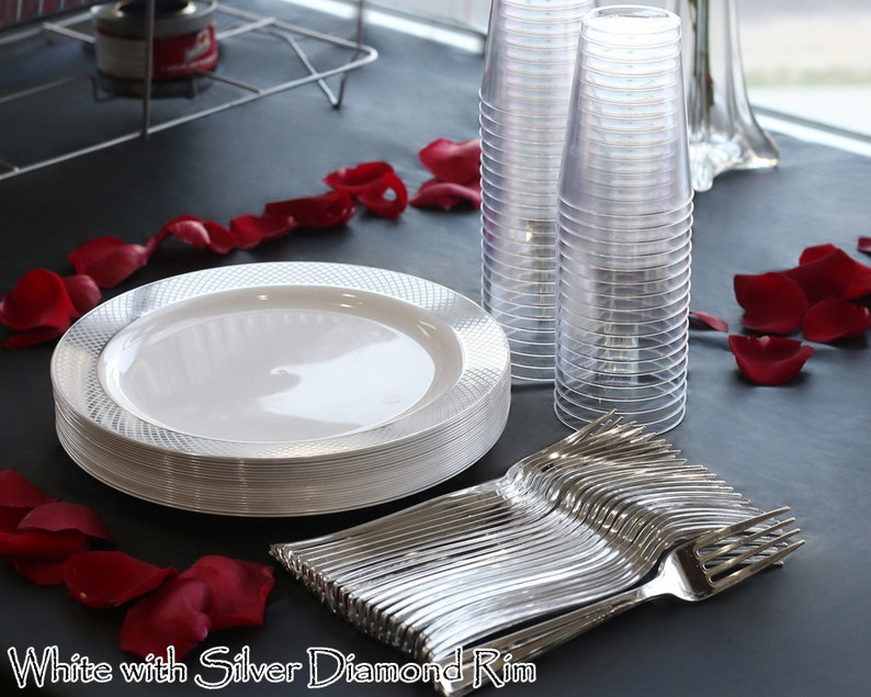 White Buffet Plates Buffet Party Package Wedding Party Supplies Metallic Diamond Design Disposable Plastic Tableware Forks and Tumblers