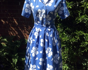 1980's  Cornflower Blue and White Flowerd 2 Piece