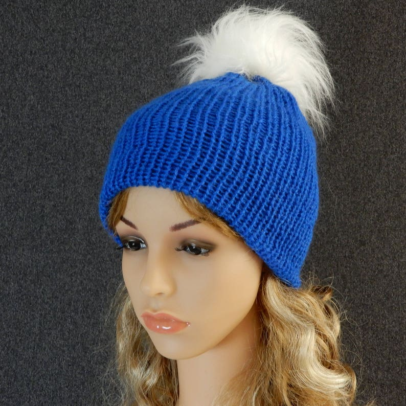 9870bbf56b3 Knit beanie women Pom pom beanie women Winter beanie Blue