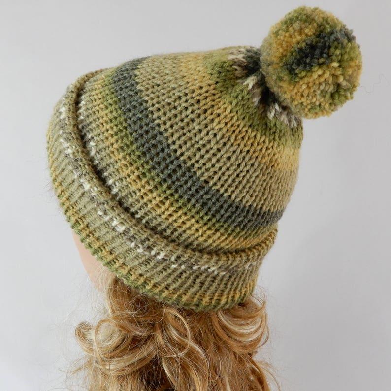 806aeea1fb1aa Green hat with pom pom Winter beanie women men Pom pom beanie