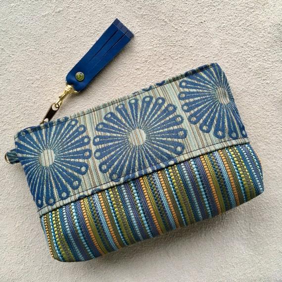 Pochette maquillage téléphone sac à main organisateur soirée sac étui à aiguilles à tricoter tendance orange olive en cuir bleu à pompon rivet de cristal de Swarovski