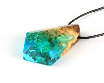 Turquoise Resin Necklace, Womens Turquoise Jewelry, Handmade necklace, Womens Necklace, Jewelry Handmade, Women Handmade Jewelry, Beachwear