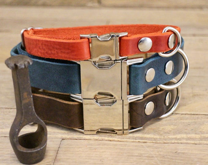Dog collar, Clip collar, FREE ID TAG, Leather clasp collar, Handmade dog collar, Gift, Silver, Medium size collar, Cayenne collar.
