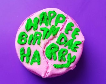 Groundskeeper's Cake, Happee Birthdae Harry bath bomb