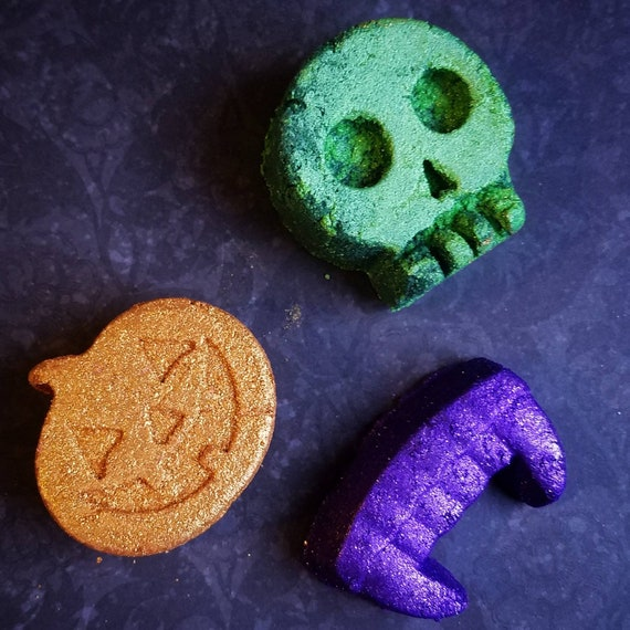 Spooked Bath Melts, Cocoa and Shea butter firewood melts