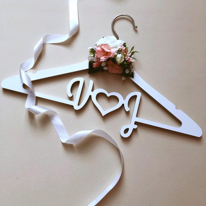 Clothes hanger Bride gift Bridal Dress Hanger Custom Wedding hanger Personalized Wedding Dress Hanger Bridesmaid Gift