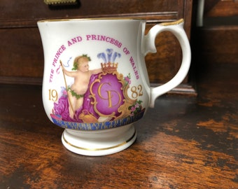 Commemorative mug 1982 Birth of Prince William, Princess of Whales, Prince Charles, Lady Diana, Elizabethan