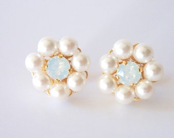 White Swarovski pearl flower earrings bridal jewelry wedding pearl jewelery bridesmaid earrings clustered stud earrings opal earrings