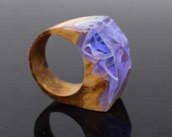 Resin Wood Ring, Wood and Resin Ring. Purple Ring, Unique gift, Gift for her. Statement Ring. Size 6 1/2 Ring. UK size N ring. Accessory