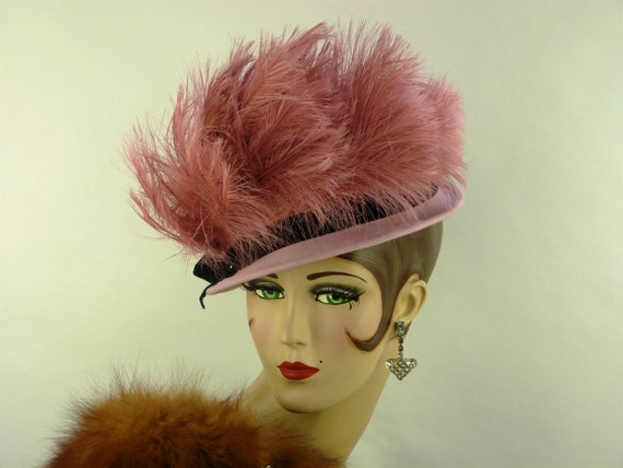VINTAGE 1930s LILLY DACHE hat, pink felt and amazi
