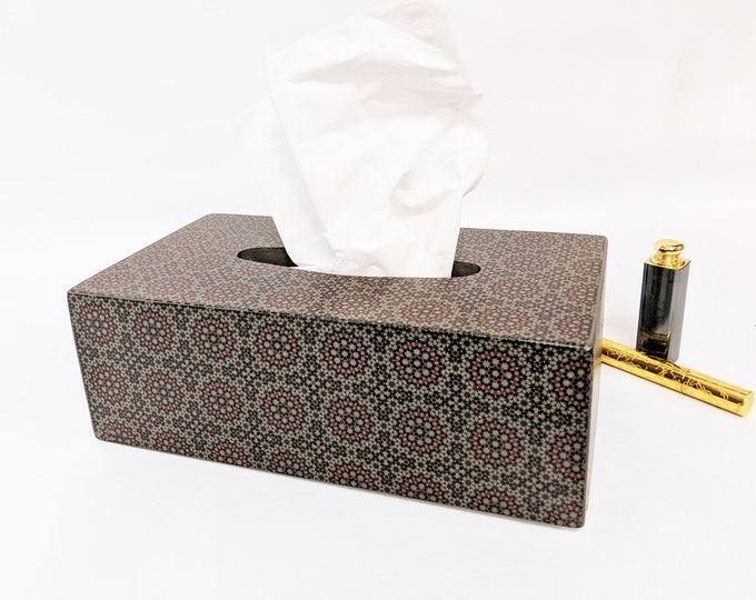 Featured listing image: Charming Cosmetic Cloth Box / Badutensilio for Cloths