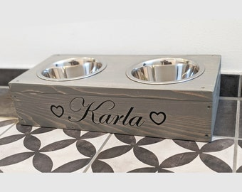 Charming feeding station for small dogs &cats
