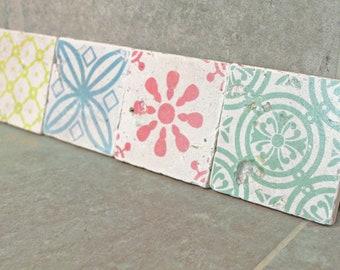 Charming set of 4 vintage tiles & Coaster Retro tiles 10 x 10 cm