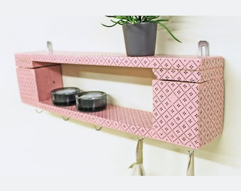 Charming all-purpose shelf in vintage design/retro shelf
