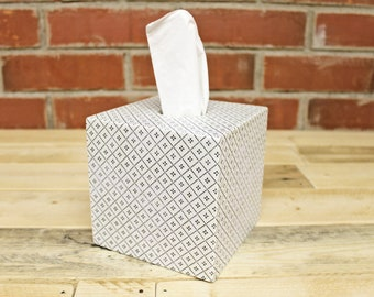 Charming cosmetic towelbox/Badutensilio for towels