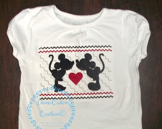 Disney Shirt, Mickey Mouse, Minnie Mouse, Mickey Shirt, Minnie Shirt, Mickey Embroidered, Minnie Embroidered, Custom Boutique, Disney love