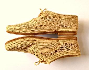 Men Oxfords. Handmade Raffia Shoes. Lace Up Shoes. Oxford Shoes. Summer Men Shoes. Raffia Men Flats. Straw Men's shoes. Chaussures Raphia.
