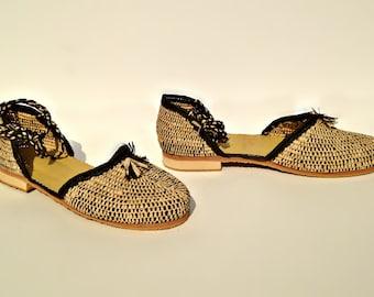 Raffia Sandals. Tassel Sandals. Lace Up Flats. Sandales Raphia. Handmade Shoes. Pompom Rafia Sandals. Raphia Espadrilles. Raphia Shoes.