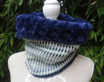 COLLAR SNOOD blue crochet neck and faux fur