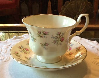 Royal Albert Tea Cup And Saucer Pattern Winsome ...
