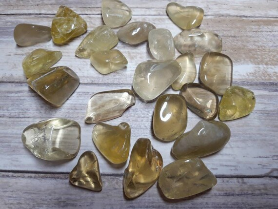 Sodalite Gemstone 20-30mm Free Organza Bag And Card Crystal Healing Clarity