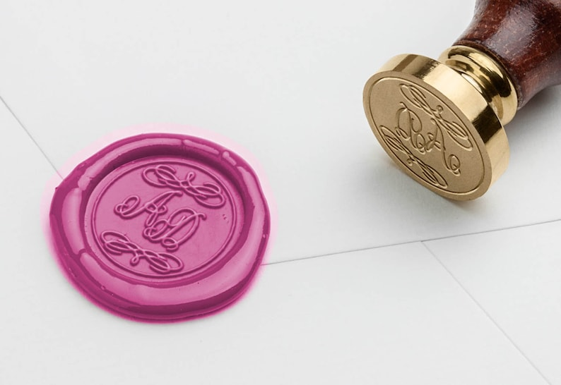 Seal personalized//Wedding//Vintage//frills//Wax Seal image 0
