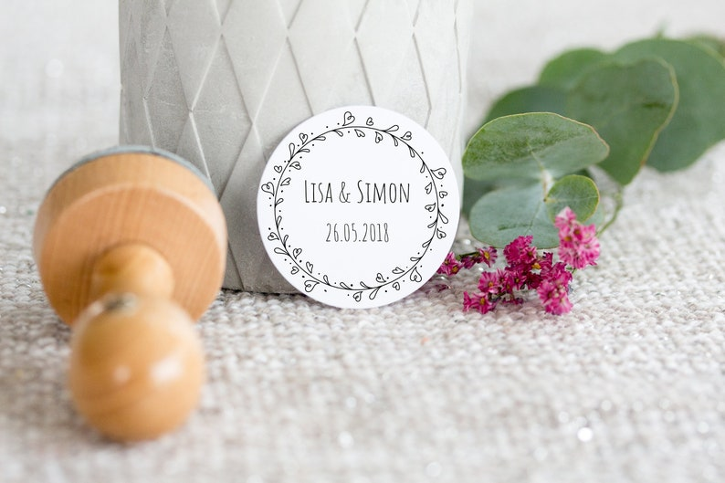 Stamp flower vine vintage round _ personalized with name & image 0