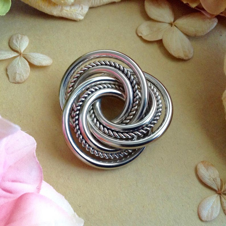 Elegant Brooch Celtic Brooch Infinity  Brooch Vintage Silver Tone Geometric Brooch Gift Idea, Classy Brooch