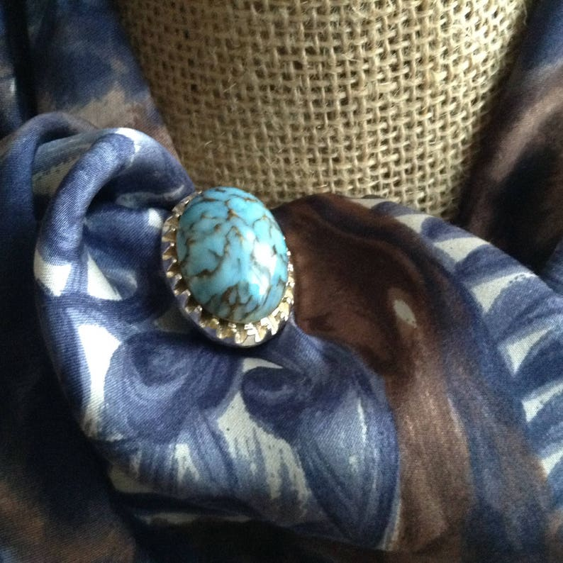 Vintage Oval Silver Tone and Blue Marbled Chunky Cabochon Lucite Bead Brooch 1960s Style Brooch