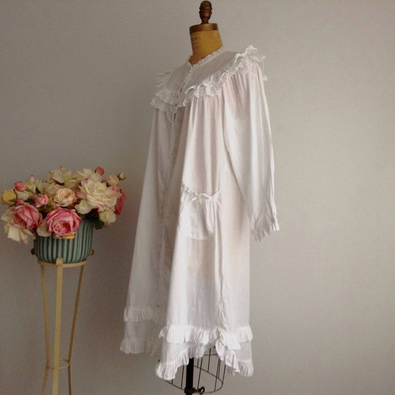 Vintage NICOLE White Cotton Long Sleeve Nightgown… - image 4