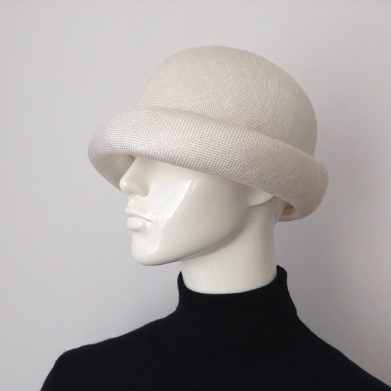 Vintage EATON'S of Canada White Straw Hat, Straw H
