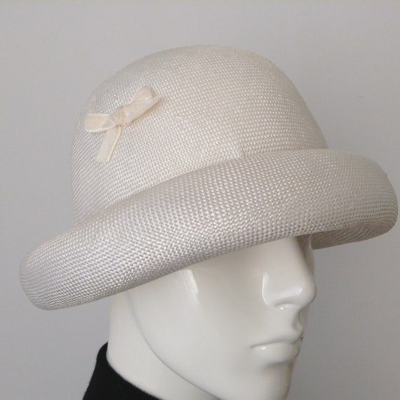 Vintage EATON'S of Canada White Straw Hat, Straw … - image 7