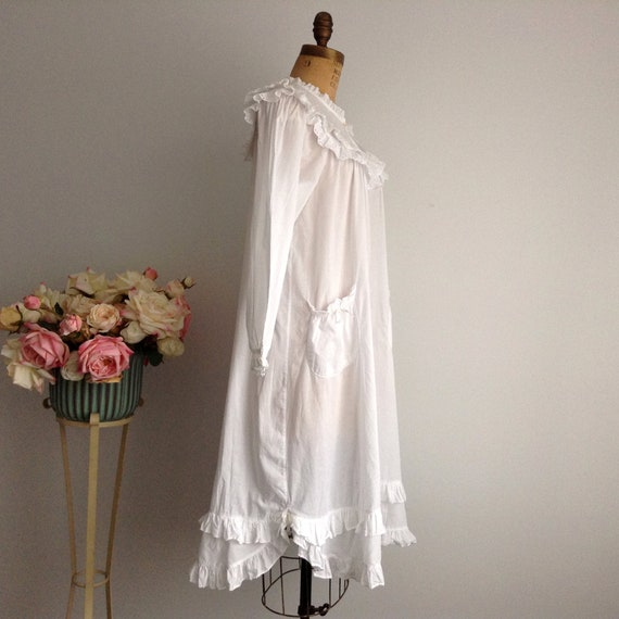 Vintage NICOLE White Cotton Long Sleeve Nightgown… - image 3